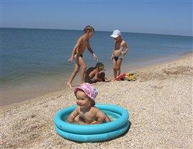Летом на море