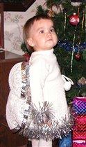 Ма-а-а-а! Ма-а-а! Можно уже подарки смотреть или еще нет?