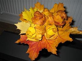 Осенний букет из роз