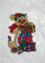 Котик с подарками