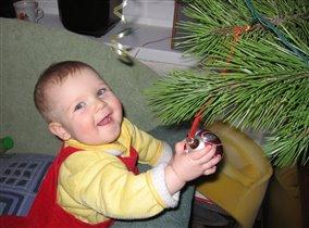 Моя первая в жизни елка!