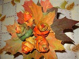 Букет из кленовых листьев 1
