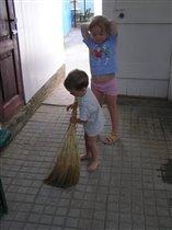 Дедушкины помощники:)
