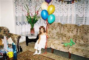 День рождения Николь