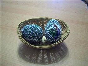 Бисерное яйцо 'Виноград'. Пасха  2006 г.