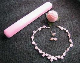 Колье 'Розовая свадьба'