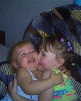 Общение сестер