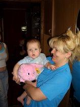 Я у бабушки сижу, поросеночка держу... Хрю-хрю-хрю!!!