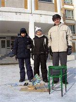Участники испытаний - Дед, Еж и его друг