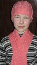 Шапочка и шарф для младшей дочки