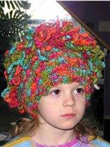 шапка дочке а ей не нравится