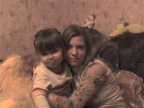 Маришка (сестренка мамы) с Настюшкой