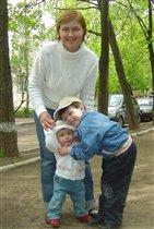20 мая, Стасе 11 мес., Тимоше 5 лет