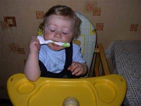 После вкусного обеда полагается поспать