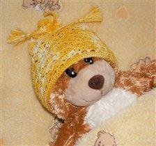 Вязанная шапочка ( крупным планом)