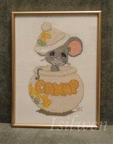 Мышка в сахарнице