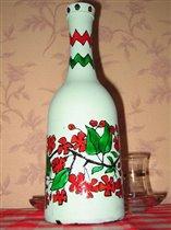 Бутылка с цветочными мотивами