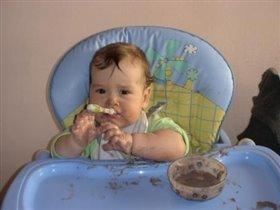 Люблю повеселиться, особенно поесть!