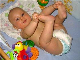 Мои ножки - лучшая игрушка!