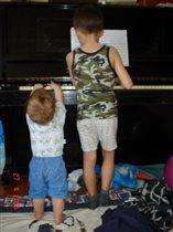 Подрастающие поколения музыкантов (7 лет, 11 мес.)