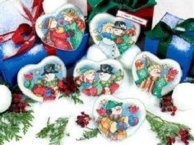 8731 Snowman's Hearts Ornaments