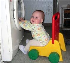 Я приехал помогать  - крутить, стирать и отжимать!!!