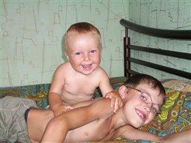Мы с братом всегда вместе!