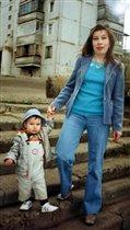 Я без мамы никуда, вместе ходим мы всегда