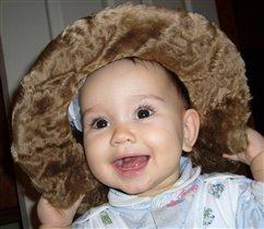 Первый зуб и бабушкина шляпа - теперь я неотразима!