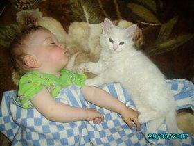 Хватит шуметь, Ребенок спит!