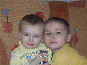 Два брата!