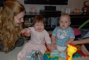 Тима немного испугался плача подружки Кати :)