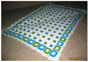 Белое одеяло для малышки