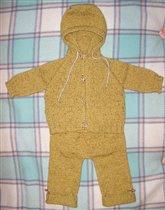 горчичный костюмчик сынуле