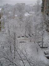 Уторм глянешь из окна - на дворе стоит Зима!