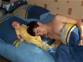Спи, мой папочка, усни...