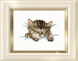 Спящий котенок оригинал