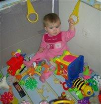 а кто сказал, что игрушек бывает много???