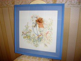 Девушка с лошадью в цветах