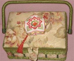 подушка-бискорнюшка  -  еще один  подарочек сестре