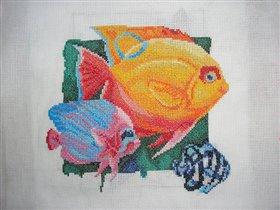 Желтая рыбка