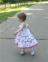 Нютка танцует ))))))
