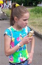 Ура! Я ем мороженое! Мороженое я ем!!!!!!!!