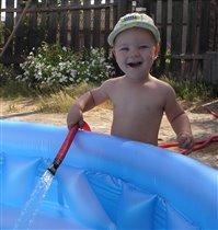 Любимый бассейн.