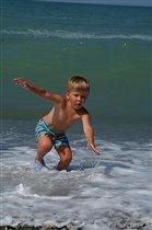Убежать от моря....