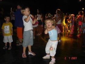 танцы в разгаре!!!