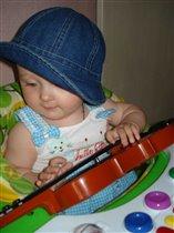 Маленькая скрипачка