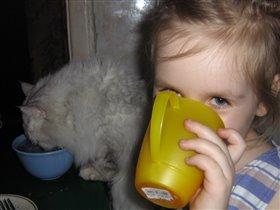 'выпьем,добрая подружка бедной юности моей...'