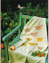 скатерть с бабочками