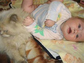 С любимой кошкой Клепкой